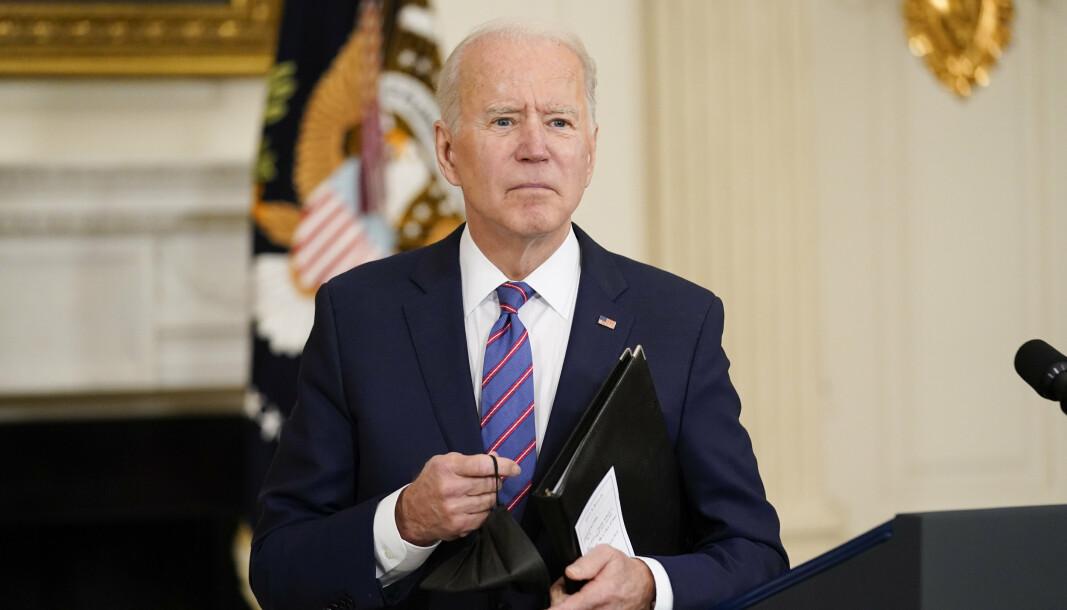 President Joe Biden opphevet fredag USAs sanksjoner mot ICC-ansatte.