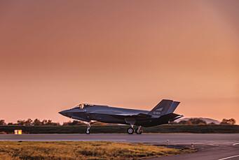 Forsvarspublikasjon: F-35 tre ganger dyrere å fly enn Forsvaret anslår