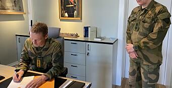 Forsvarssjefen signerte fagplan for felles rekruttutdanning