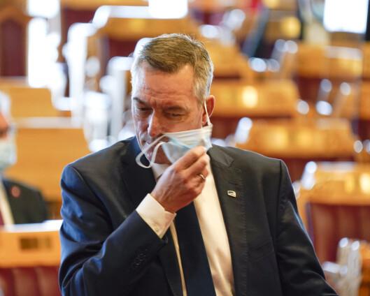 Forsvarsministeren: – Ikke nytt at Forsvaret har oppgaver i forbindelse med vaksinasjon