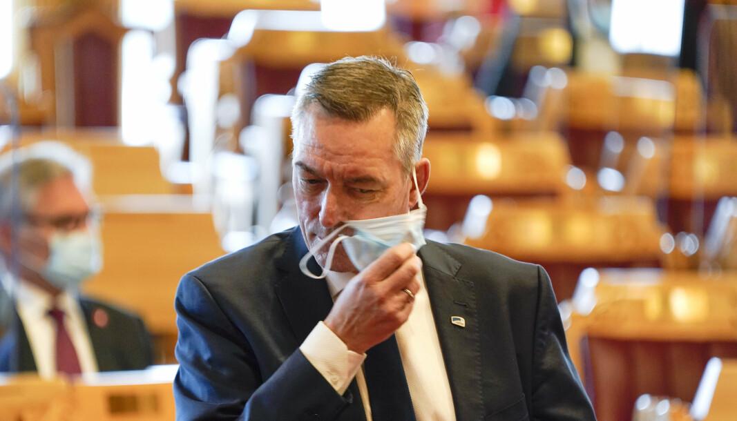 PRESSET: Forsvarsministeren ble onsdag hardt presset om Bergen Engines-saken da han deltok i muntlig spørretime på Stortinget.