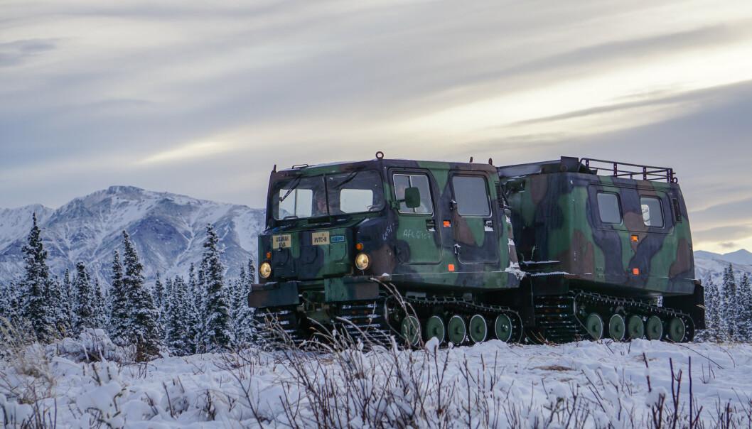 BYTTES UT: Et kjøretøy basert på BV206 under en øvelse i Alaska. Nå anskaffer det amerikanske forsvaret nye beltevogner spesialtilpasset bruk i arktis.