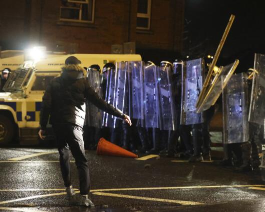 Nye opptøyer i Nord-Irland etter oppfordring om ro