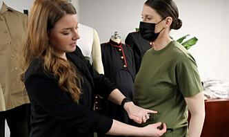 Designer uniformer som skal passe til gravide soldater