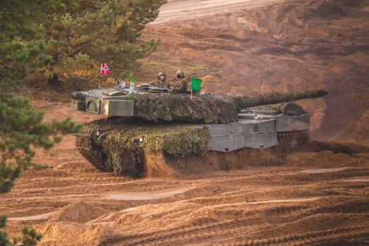 LEOPARD: En norsk Leopard A4NO under Iron Spear 2019.