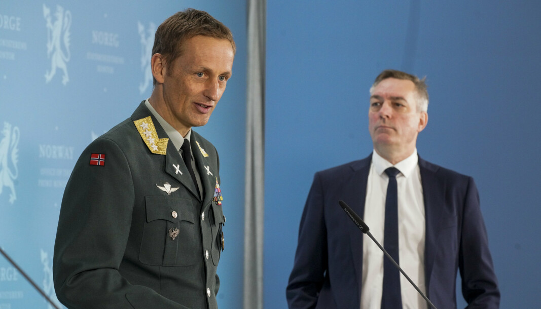 RAPPORT: Forsvarssjef Eirik Kristoffersen og forsvarsminister Frank Bakke-Jensen (H).