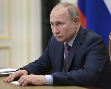 Anklager USA og Nato for å gjøre Ukraina til en «kruttønne»