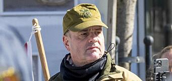SIAN-leder:– Jeg vil fortsette å bruke Forsvarets undertøy, feltvogn og hva annet jeg måtte finne hensiktsmessig