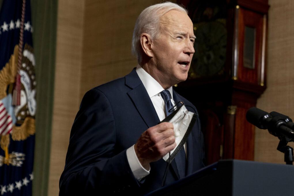 ANNONSERER: President Joe Biden rett før annonseringen i Det hvite hus onsdag 14. april 2021.