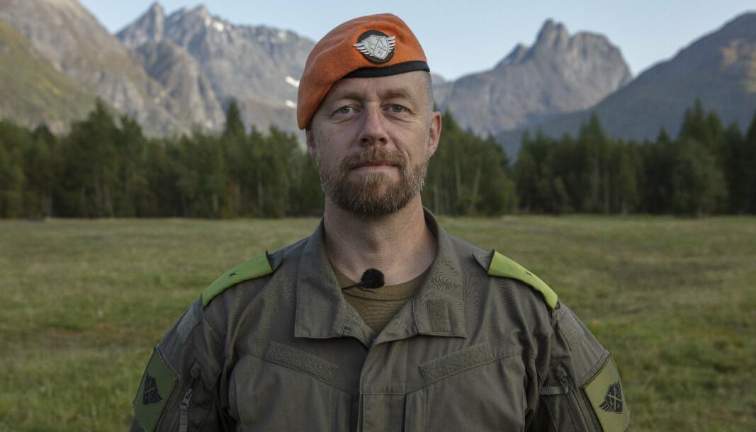 FENRIKEN: Geir Aker som fenrik i TV-serien Kompani Lauritzen.