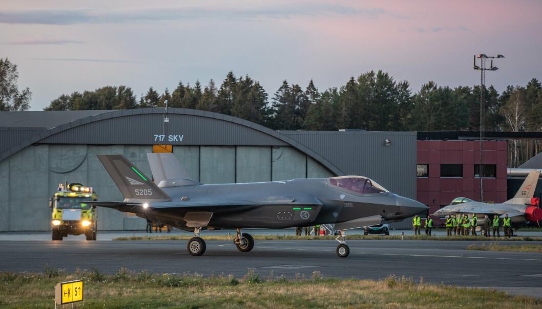 SATSINGSOMRÅDE: Et amerikanske F-35 kampfly på Rygge flystasjon.