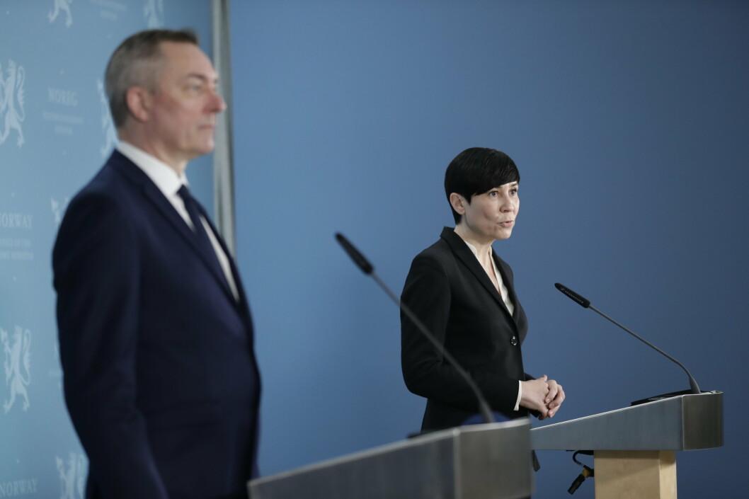 Utenriksminister Ine Eriksen Søreide og forsvarsminister Frank Bakke-Jensen presenterer hovedtrekkene i tilleggsavtale om forsvarssamarbeid med USA