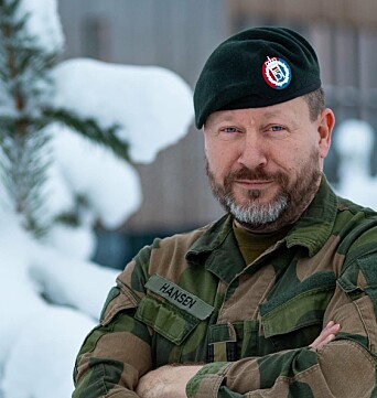 FLERE VAKSINER: Hovedverneombud i hæren, Thomas Normann Hansen, mener vaksinering av soldater i internasjonale operasjoner er nødvendig.
