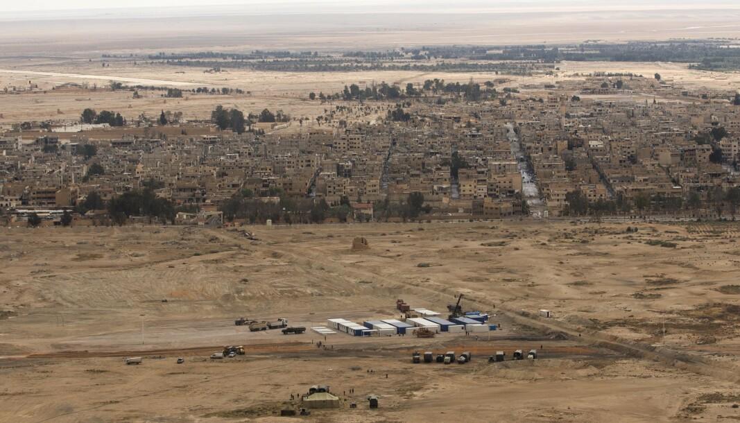 AVBIDLET: En russisk camp like ved Palmyra. Russland har tidligere vært tydelige på at en prioritet i krigen mot terror har vært å ta tilbake kontrollen over området.