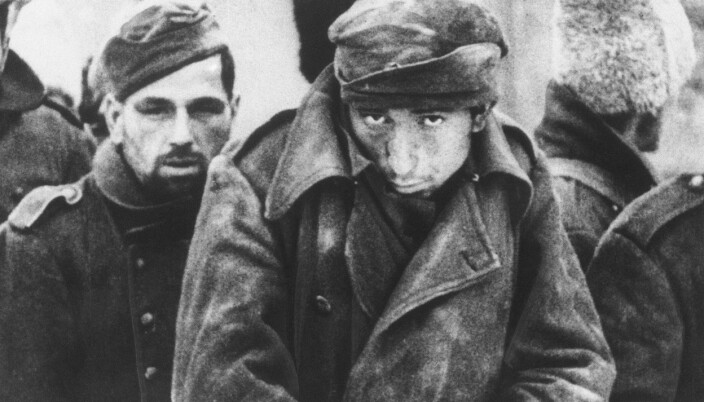 KRIGSFANGER: Soldater fra aksmaktene som ble tatt til fange under slaget om Stalingrad.