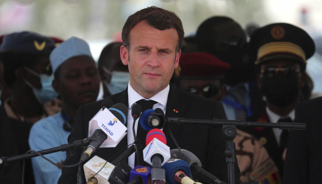 FORSIKRING: Frankrikes president Emmanuel Macron forsikrer at ingen skal få rokke ved Tsjads integritet.