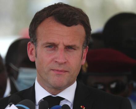 Macron lover å støtte opp om Tsjad