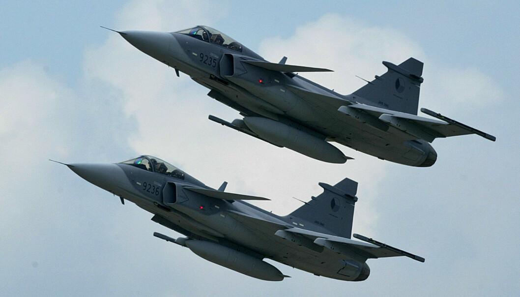 KAMPFLY: Hvis Finland velger svenske JAS Gripen er det en kontrakt verdt rundt 100 milliarder kroner. Her ser vi JAS-39 Gripen tilhørende det tsjekkiske luftforsvaret.