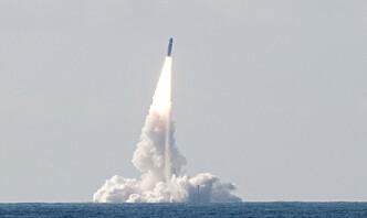 Frankrike tester ballistiske missiler i Atlanterhavet