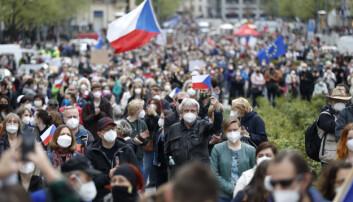 Ekspert håper utvisning av russiske diplomater og arrestasjonen av paramilitære er del av et oppgjør