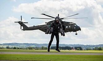 Royal Marines tester «jetpack» for bording av skip