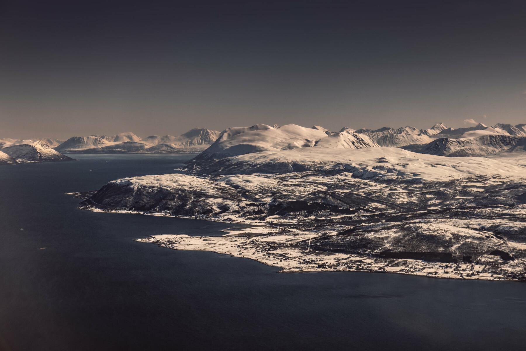 GRØTSUND: Denne sivile havnen skal omgjøres til militært område de gangene allierte reaktordrevne fartøy skal anløpe i Tromsø. Det skaper heftig debatt.