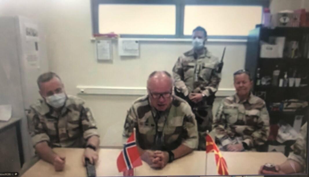 DIGITALT MØTE: Slik så det ut da styrkesjef Bent Anders Salberg fikk forsvarsministeren på besøk forrige uke.