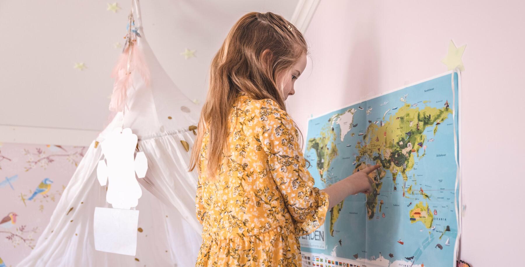 Hvordan er det å være igjen hjemme når partneren/mamma/pappa er ute i internasjonale operasjoner? Karoline og Eirik Winnæss Aarflot med barna Jenny og Ella (yngst).