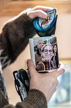 Denne koppen hadde Aksel med til Afghanistan.