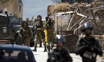 To palestinere drept på Vestbredden