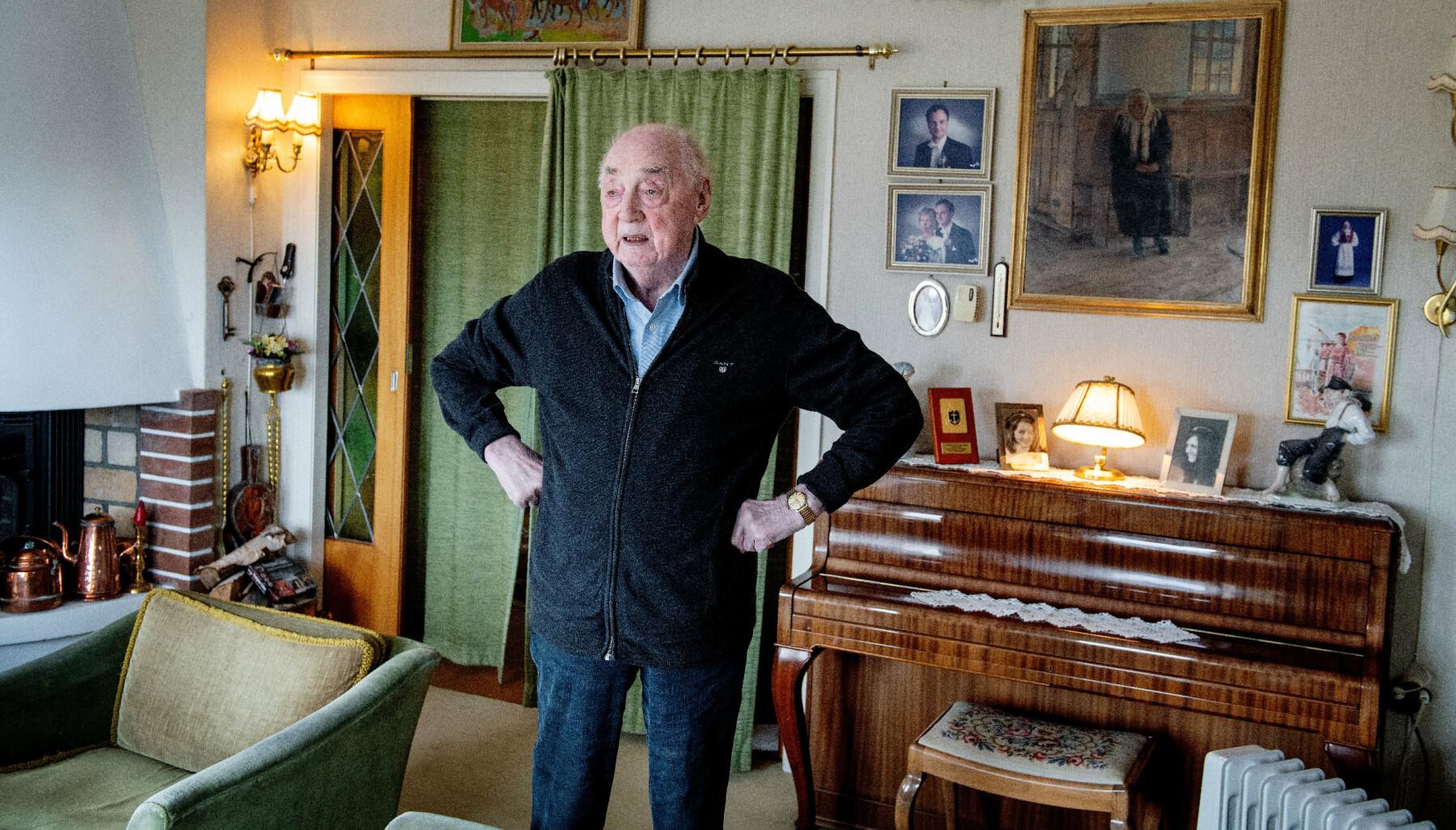 SPREK: 101 år gamle Strandheim bor fortsatt hjemme i huset han i sin tid bygget sammen med sin kone og oppdro barn i, på Nordås.