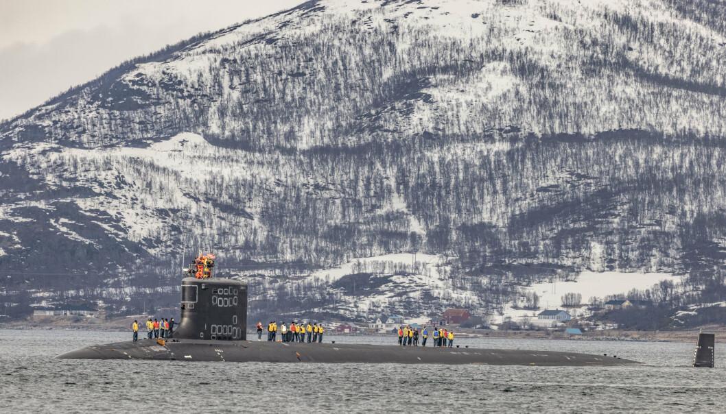 UBÅT: Besøket av en amerikansk atomdrevet ubåt i Grøtsund havn utenfor Tromsø har skapt sterke reaksjoner.