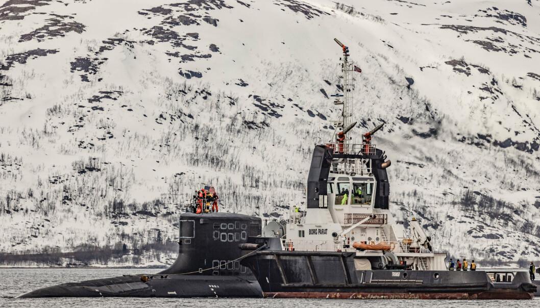 Befolkningen har ikke blitt holdt godt nok informert, skriver Gunhild Hoogensen Gjørv. Her ser vi amerikansk atomdrevet ubåt i Grøtsund havn utenfor Tromsø.