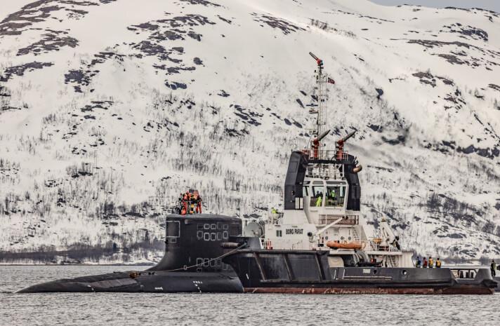 UBÅT: Amerikanske USS New Mexico i Grøtsund havn utenfor Tromsø.