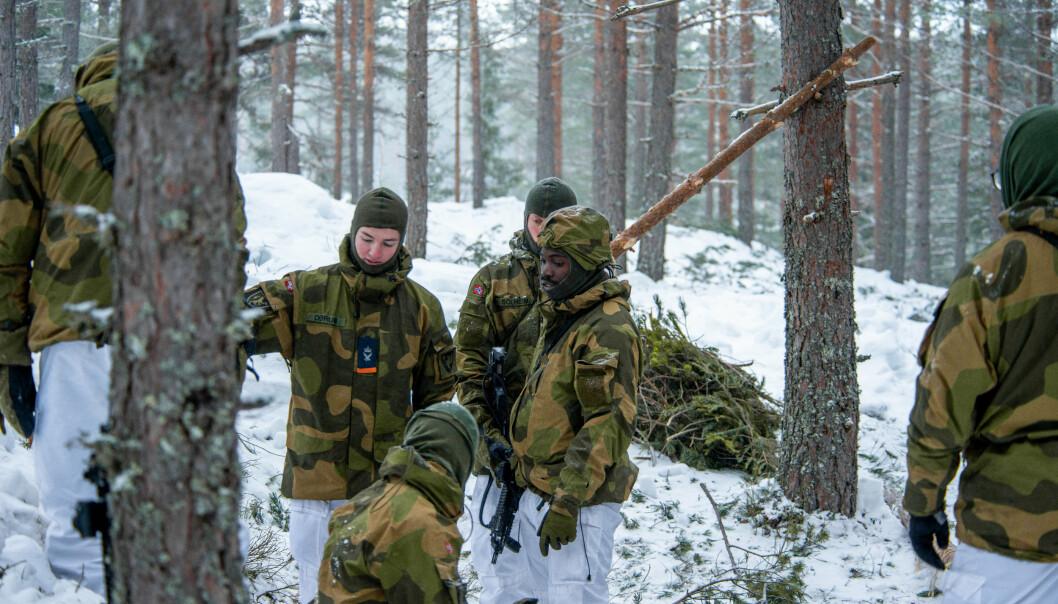 VETERAN: Alle i Forsvaret er veteraner, mener forsvarssjef, Eirik Kristoffersen. Her ser vi soldater fra Akershus kommandantskap på øvelse.