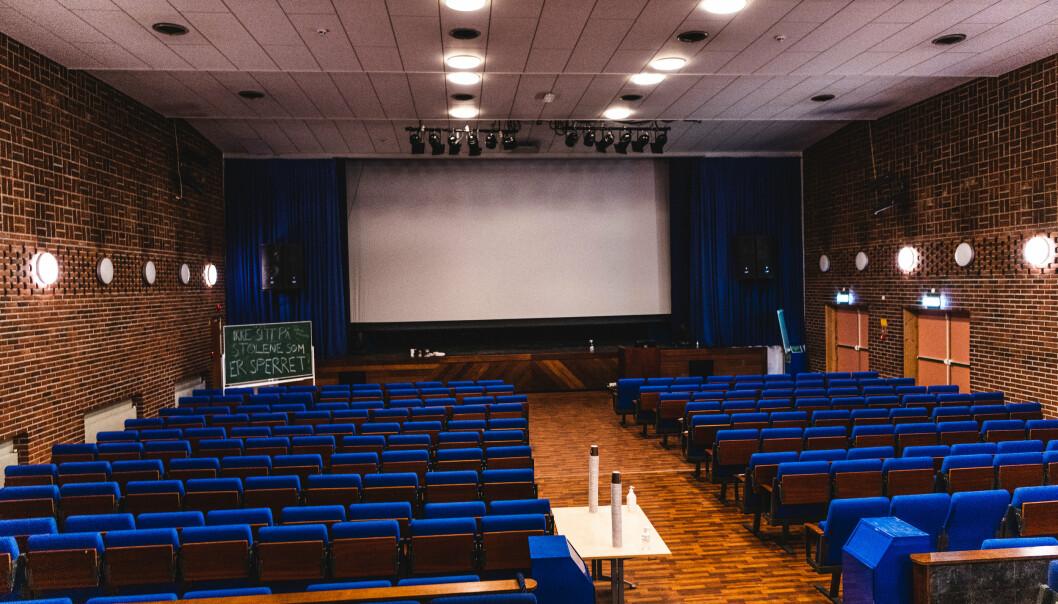 KINO: Haakonsvern har egen kinosal på leir.
