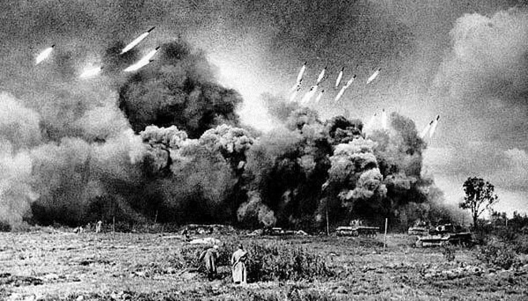 BOMBEREGN: Sovjeterne stilte opp 3200 Katsjusj-rakettkastere under slaget om Seelow-høydene.
