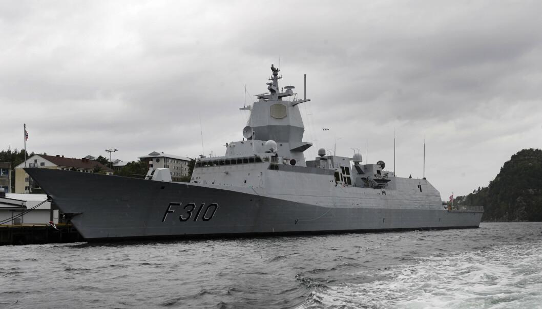 BERGEN: Fregatten KNM Fridtjof Nansen ved Haakonsvern i Bergen.