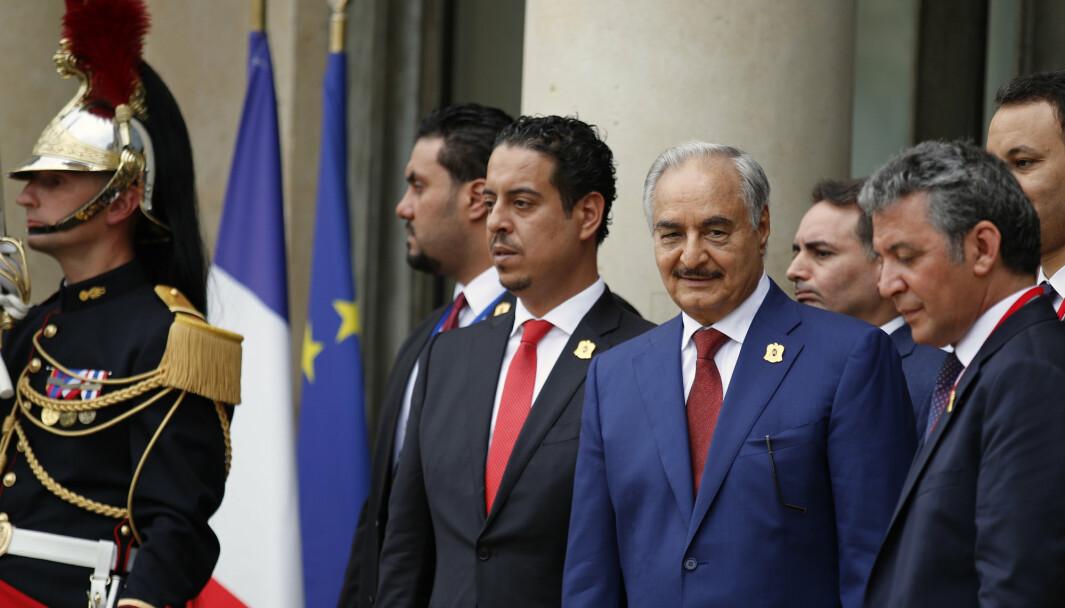 Khalifa Haftar forlater Internasjonal konferanse i Paris, Frankrike