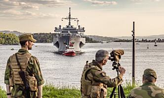 HV-soldater på sprengstoffjakt når amerikansk marinefartøy legger til kai