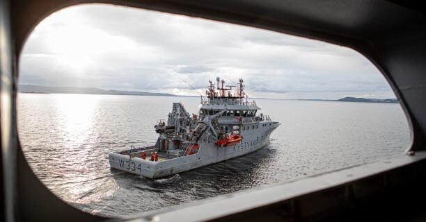 For første gang skal Pride-flagget heises på et norsk militært fartøy