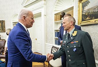 Gjermund Eides beste triks for velferd på øvelse: – Tjenestegjør på en stridsvogn!