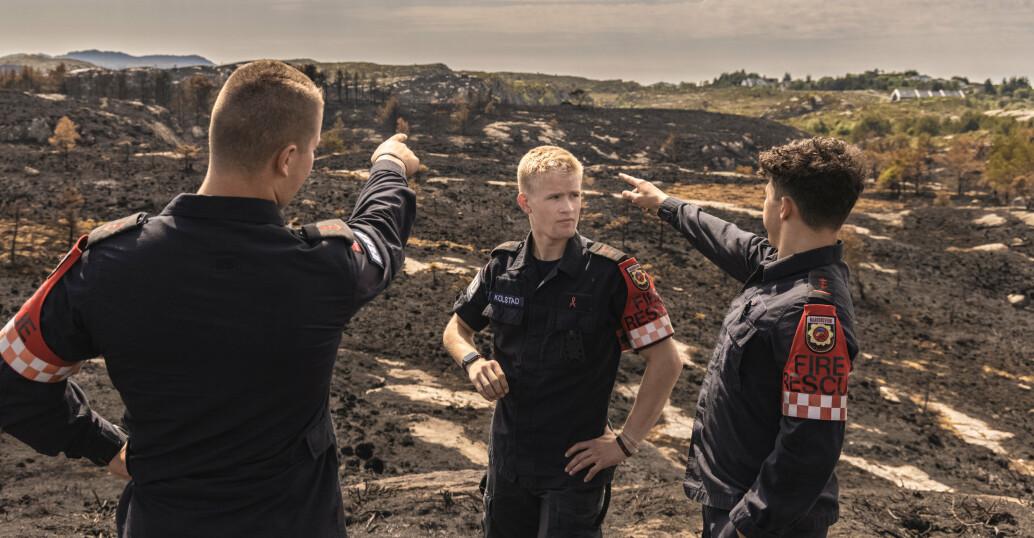 I flere timer kjempet brannvernsoldatene mot flammene på Sotra