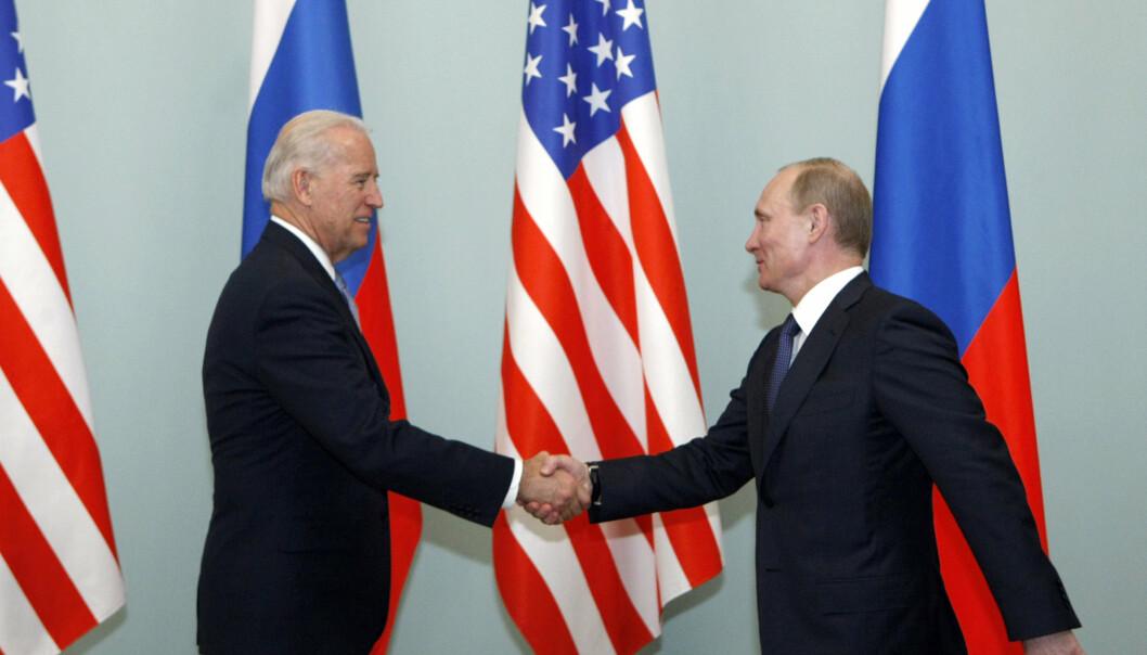 NYTT MØTE: I 2011 møttes daværende visepresident Joe Biden og Vladimir Putin i Moskva. På onsdag møtes de på nytt i Geneve.