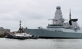 Storbritannia avfeier melding om varselskudd mot britisk skip