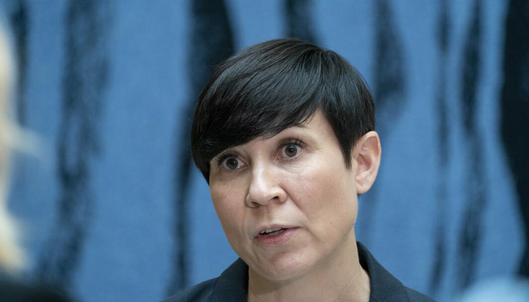 IS: Utenriksminister Ine Eriksen Søreide (H) sier regjeringen følger situasjonen for fremmedkrigerne og deres barn.