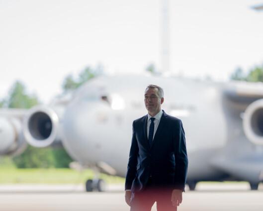 Forsvarsministeren om IKT: – Den sivile sektoren er ledende