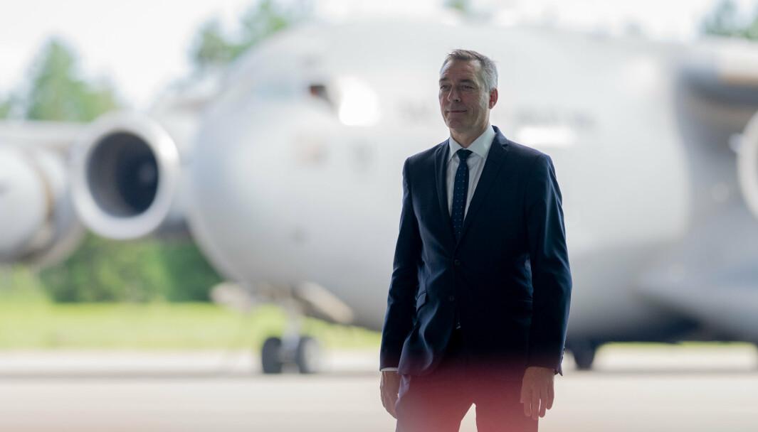FEIL: Markedspris er feil medisin for å beholde Forsvarets ansatte, skriver Pål B. Nygaard. Han oppfordrer forsvarsminister Frank Bakke-Jensen (bildet) om å gå i «krigen» for Forsvarets personell.