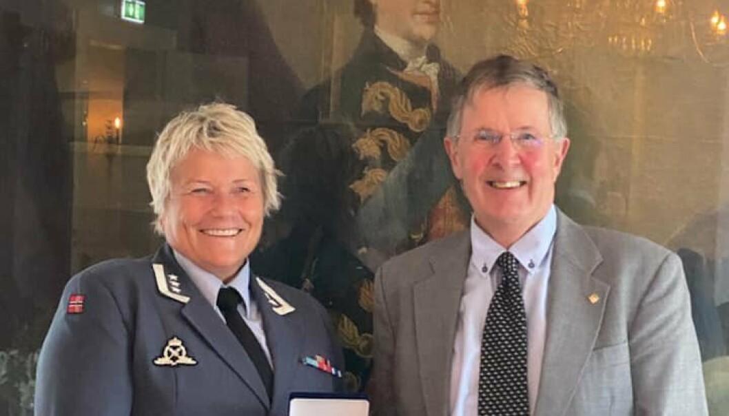Oberst Laila Kvammen Lie og Kjell Reidar Bugge