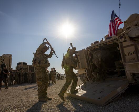 Rakettangrep mot militærbase i Syria med amerikanske soldater